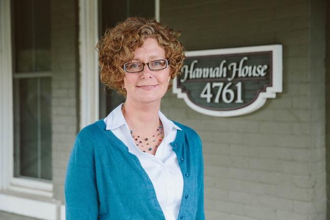 Hannah House Staff Photos Made By Frame 13